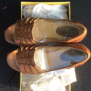 Softspots Hugh Mocha , Size 10 WW